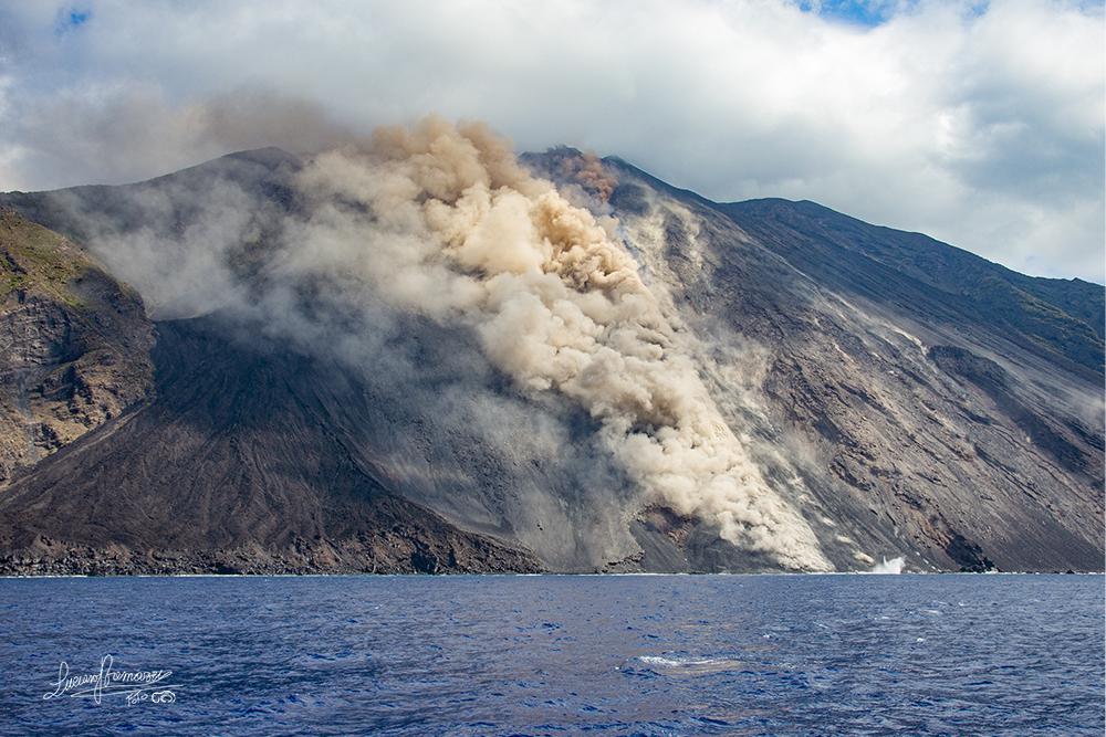 Vulcano Stromboli in eruzione