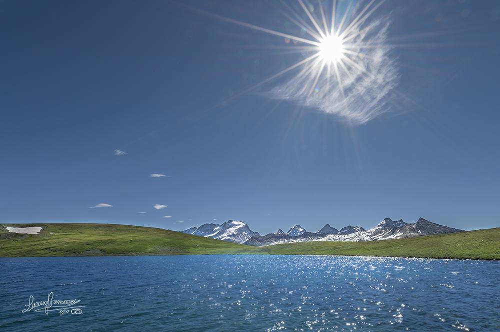 Lago Rossel e sullo sfondo il Gran Paradiso